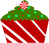 christmas-cupcake-with-striped-wrapper-th