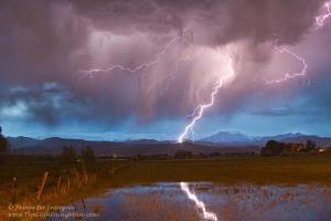 lightning-striking-longs-peak-foothills-2-2_l