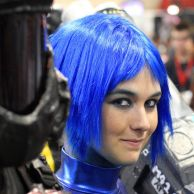 blue-hair-cosplay-at-comicon-2009-san-diego_l